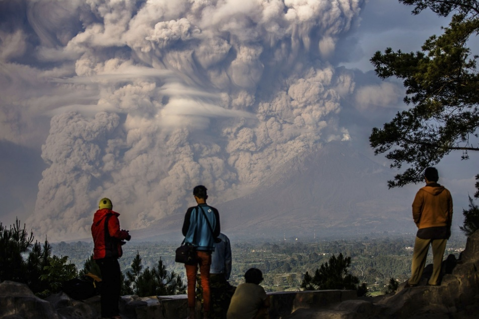 The eruption of the Sinabung volcano on the Indonesian island of Sumatra.