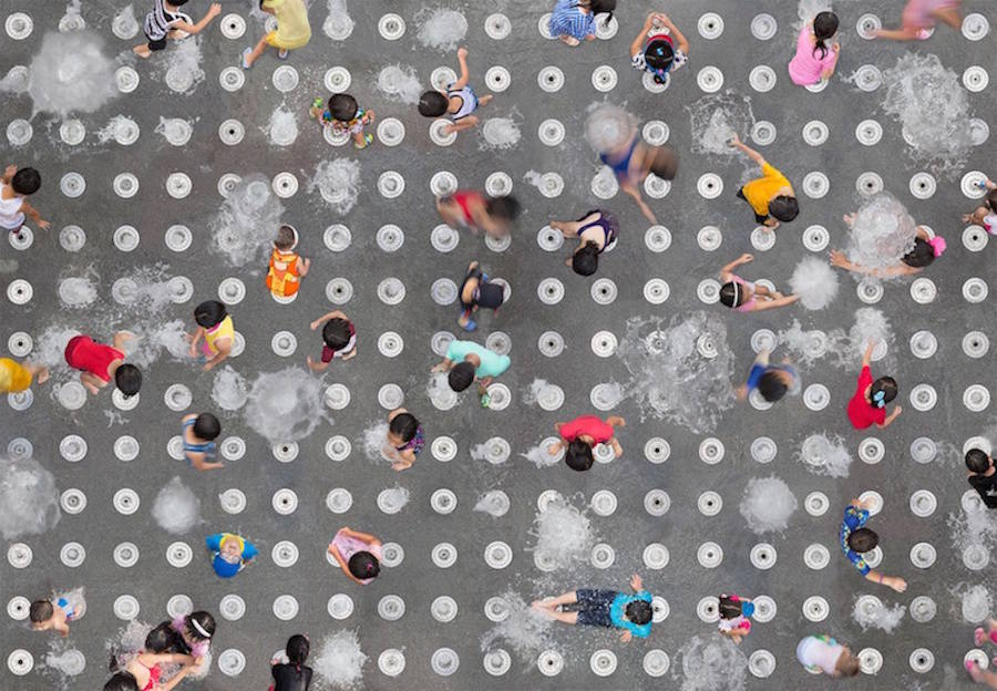 aerial-photography-of-united-people-12-900x624