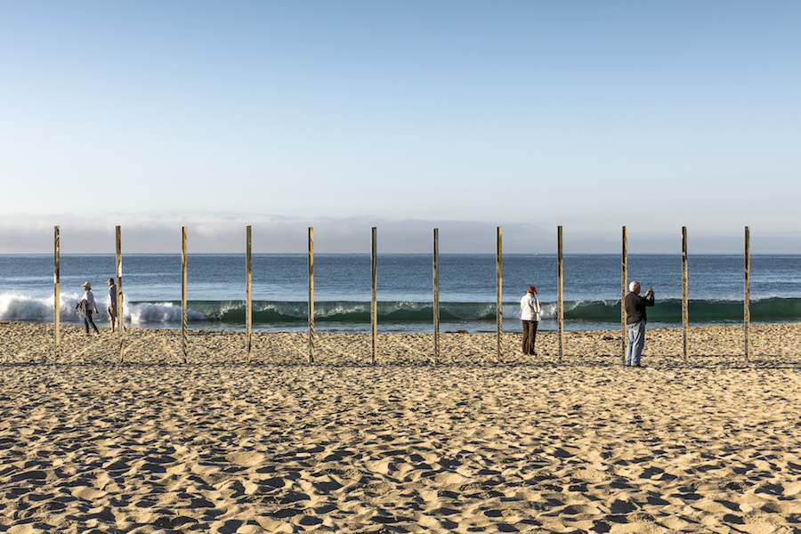 majestic-installation-made-of-250-mirrors-in-california-3