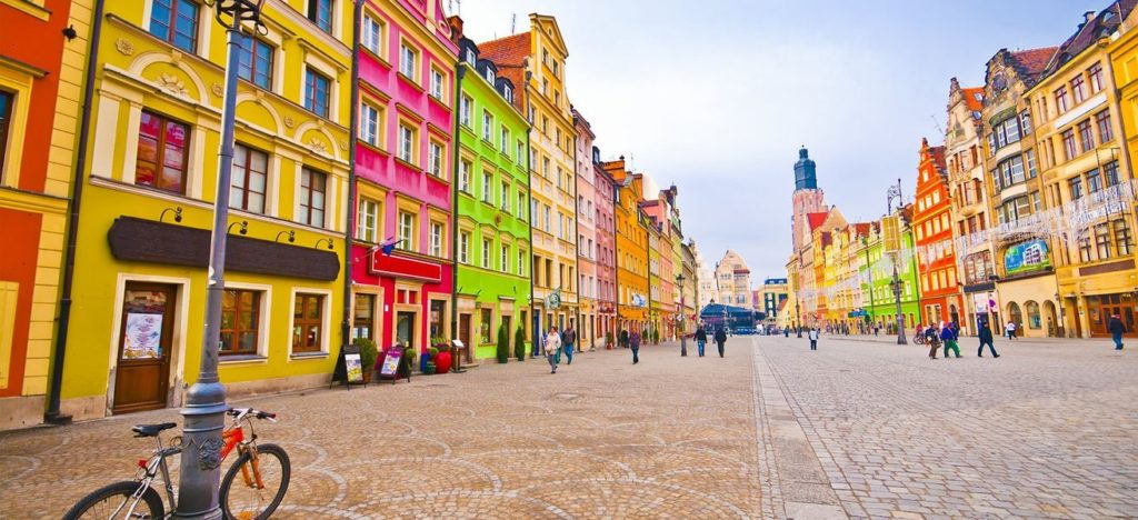 city-centre-market-square-tenements-wroclaw-poland-image-id-90809816-1424773301-gr8s