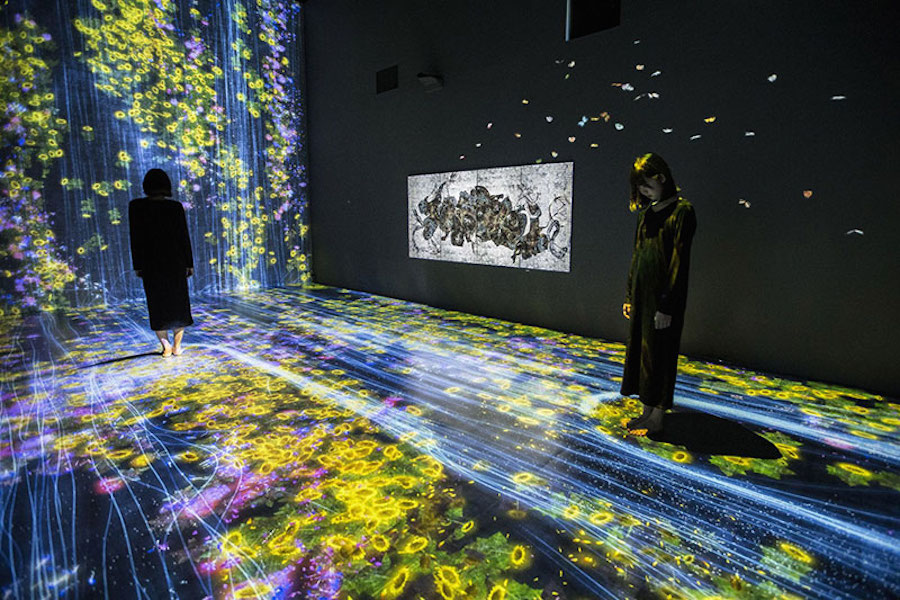 immersive-interactive-installation-in-an-art-gallery-in-london-4