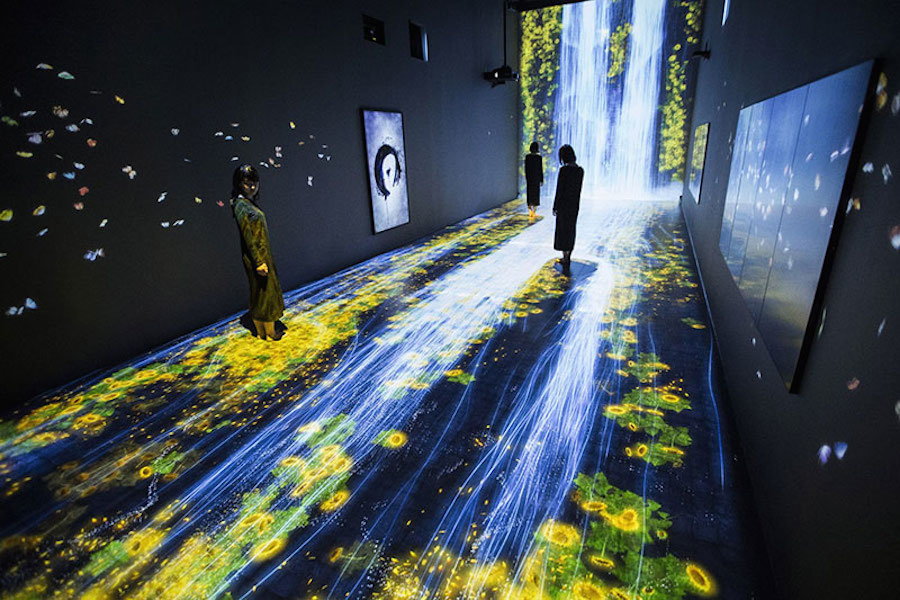 immersive-interactive-installation-in-an-art-gallery-in-london-6
